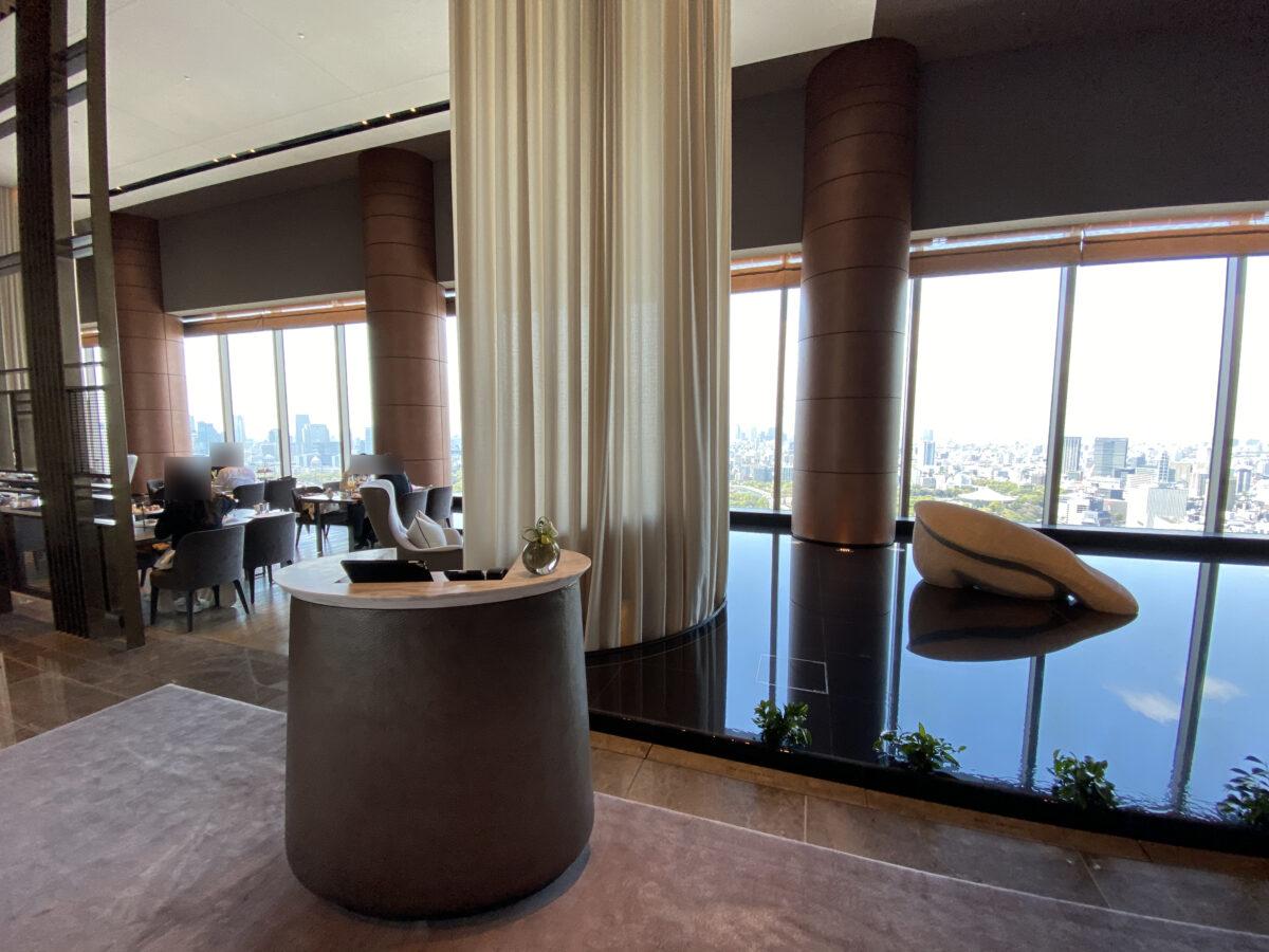 フォーシーズンズホテル東京大手町のロビーラウンジ (2)